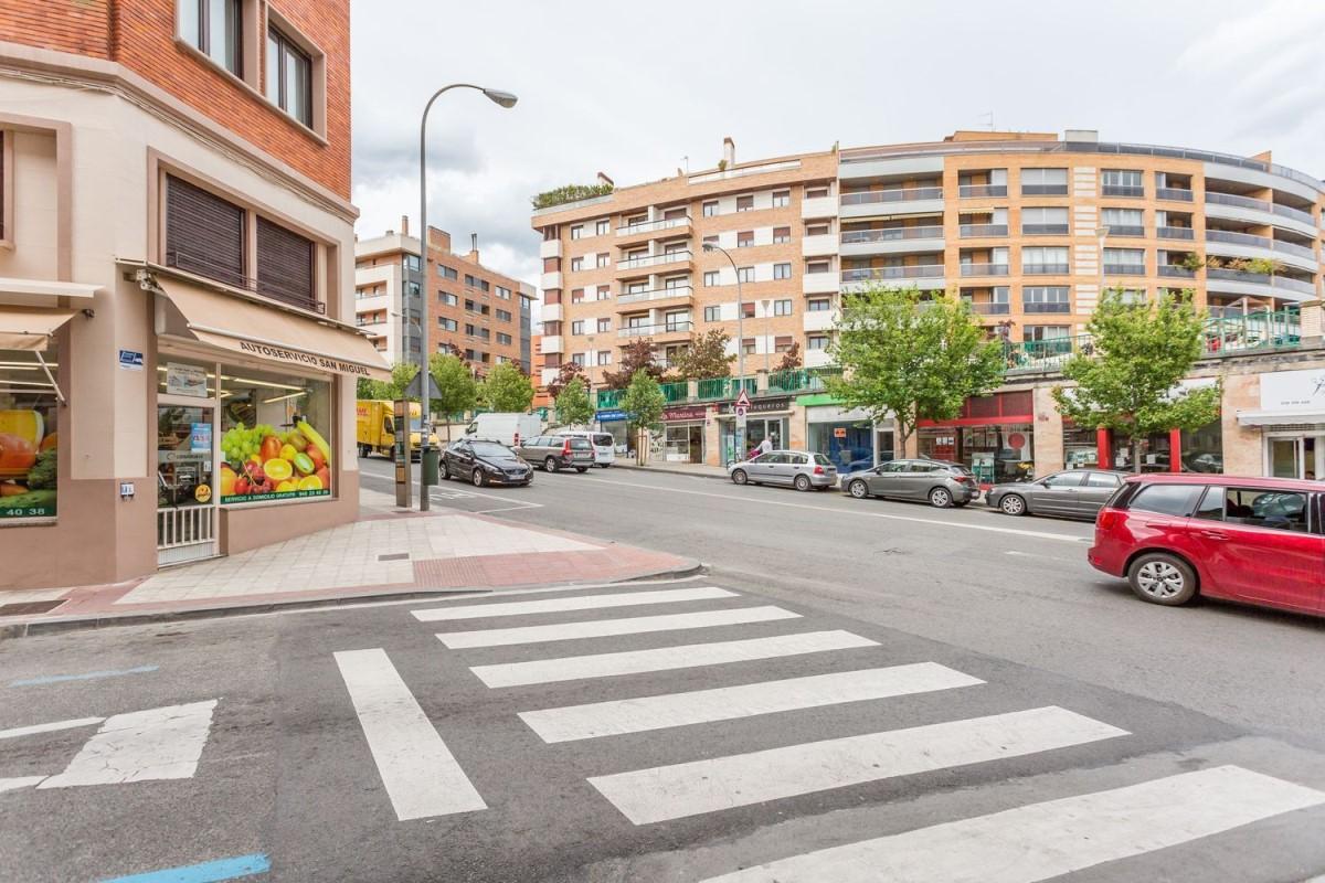 Local Comercial en Alquiler en  Pamplona/Iruña