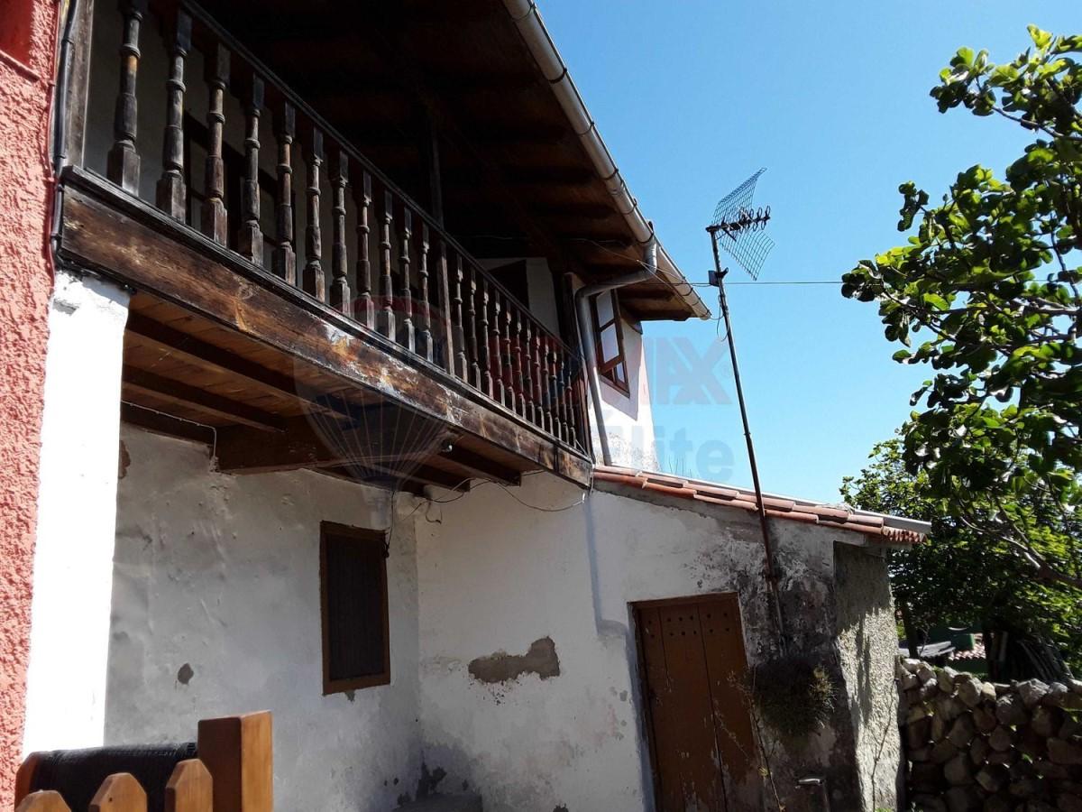 Casa Rural en Venta en  Colunga