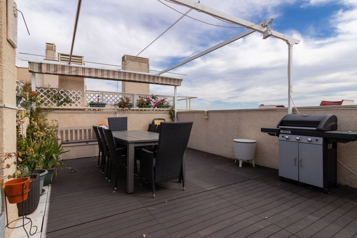 Penthouse  For Sale in  Pinto
