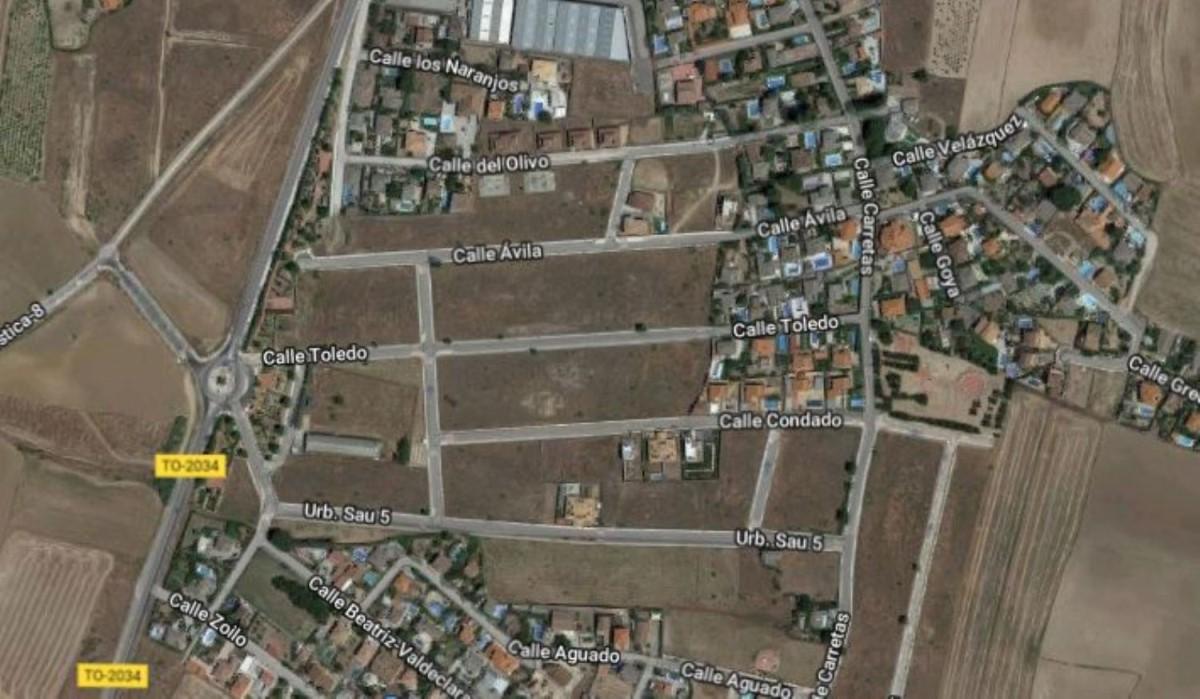 Urban lot  For Sale in  Viso de San Juan, El