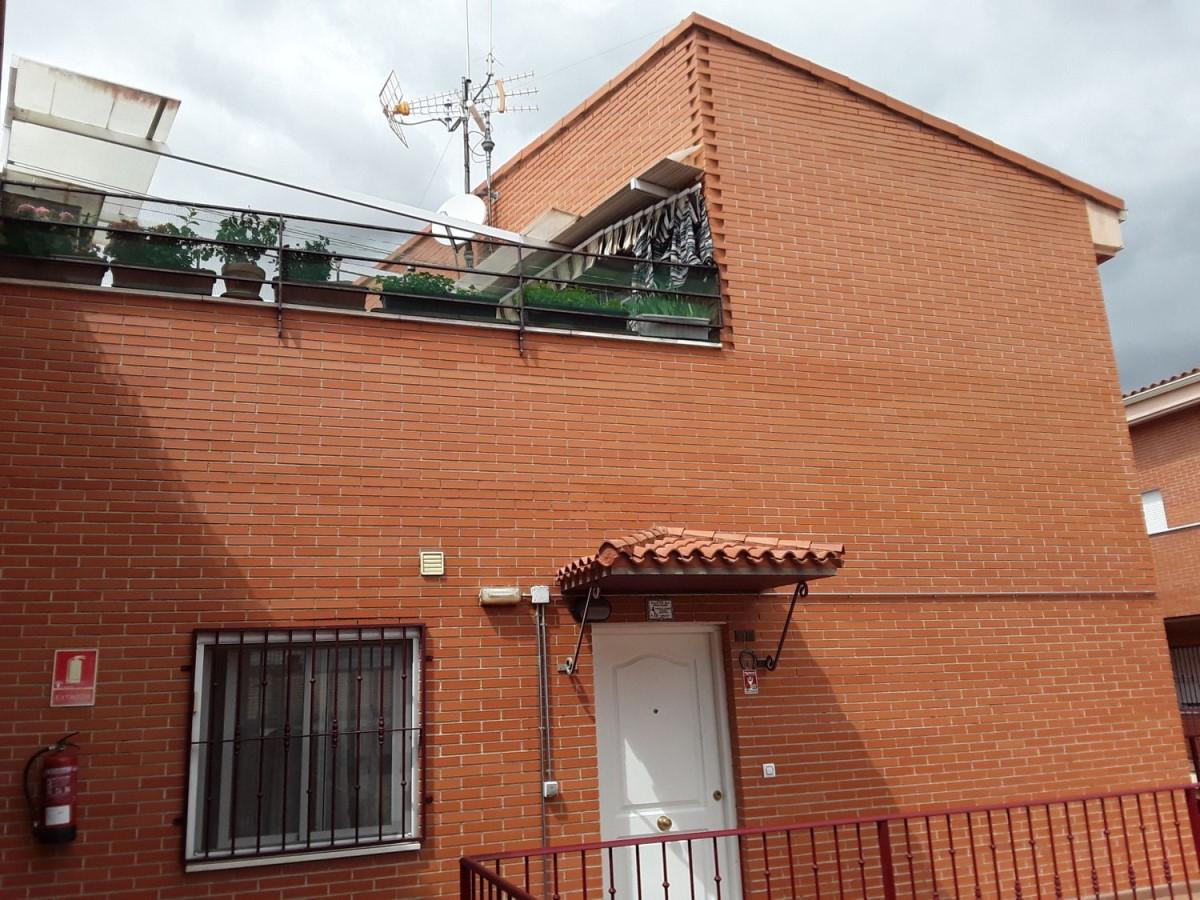 Dúplex en Venta en  Torrejón de Velasco