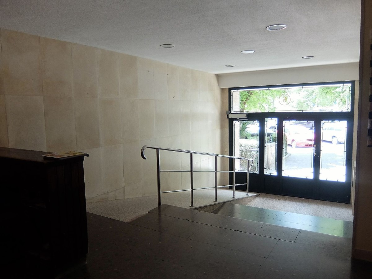 Apartment  For Sale in Moratalaz, Madrid