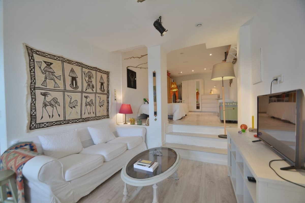 Loft  For Sale in  Molar, El