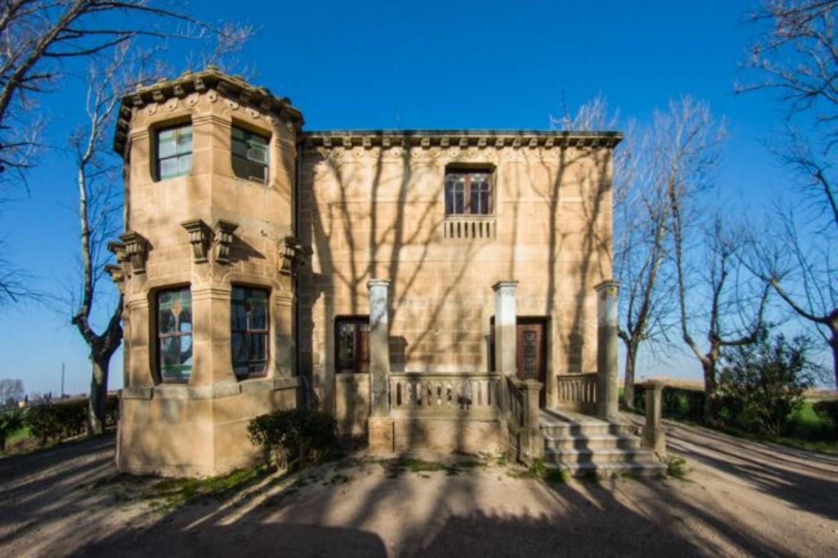 Casa Rural en Venta en Santa Isabel, Zaragoza