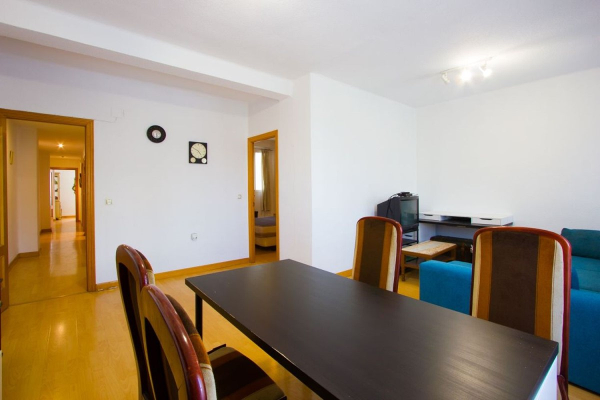 Apartment  For Rent in Campanar, València