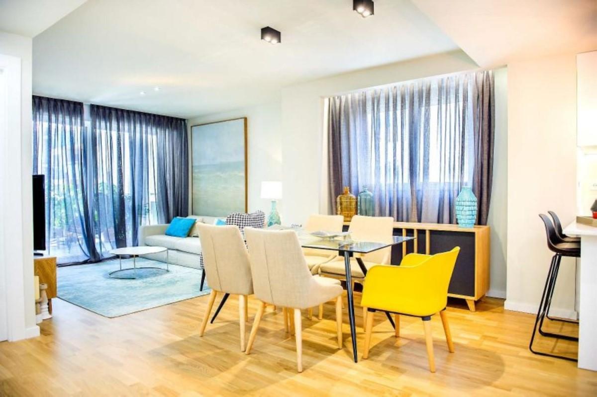 Apartment  For Sale in  Campello, El