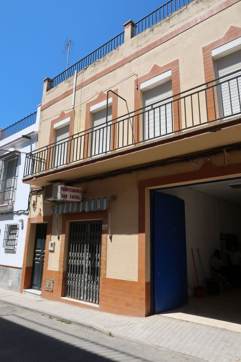 Local Comercial en Venta en  Cantillana