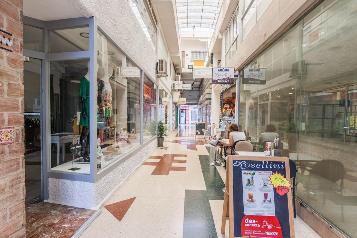 Local Comercial en Alquiler en Centro, Torremolinos