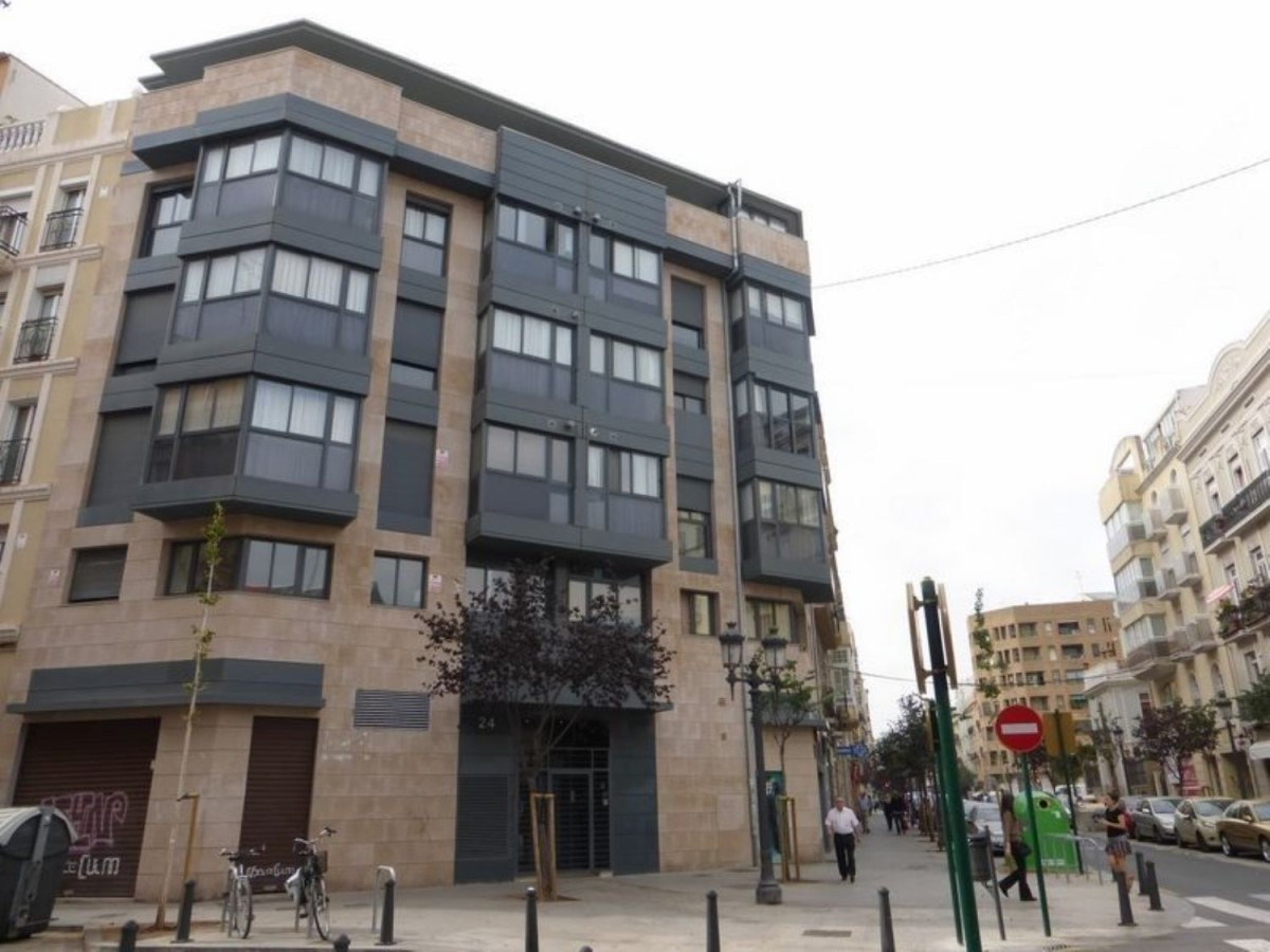 Retail premises  For Sale in L´Eixample, València