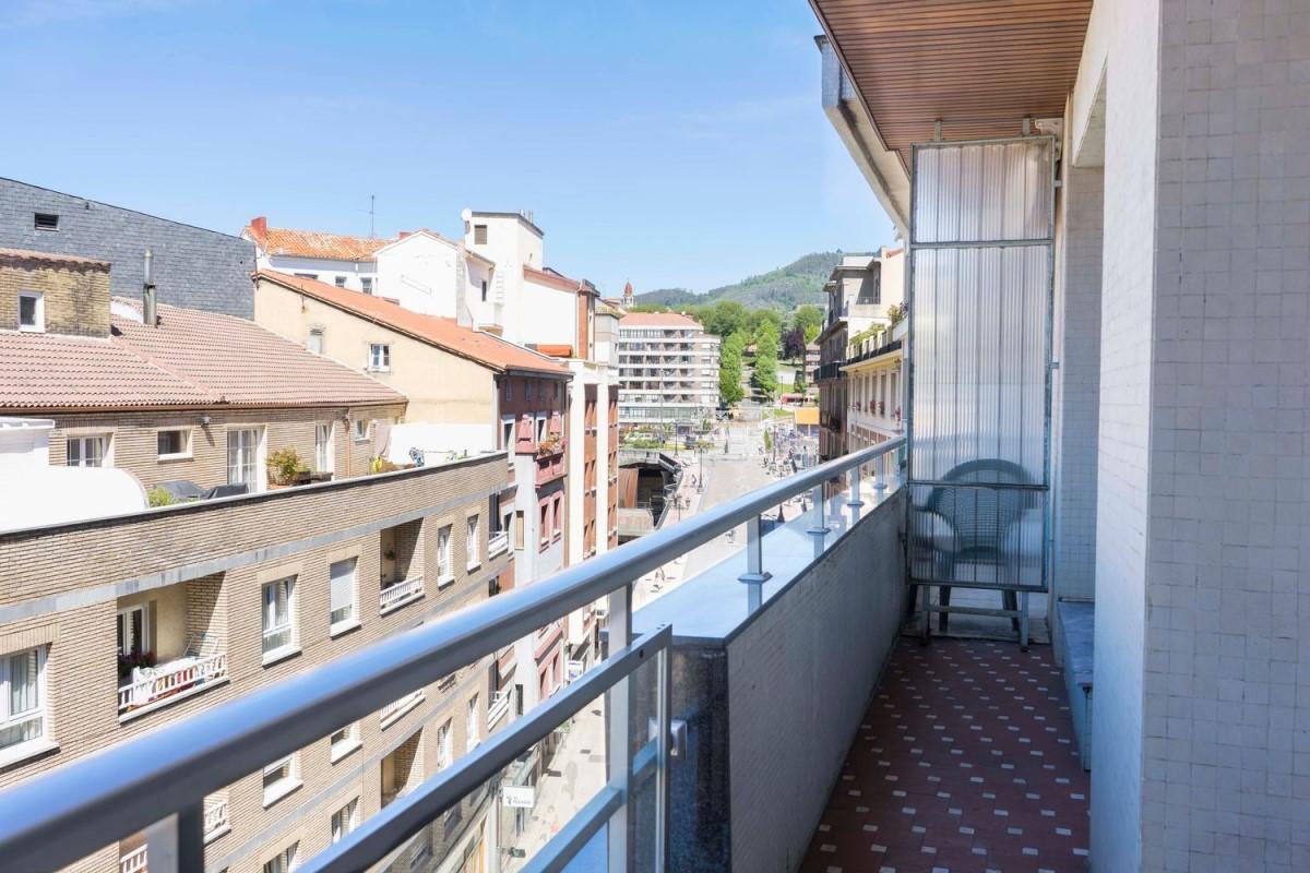 Piso en Venta en Centro, Oviedo