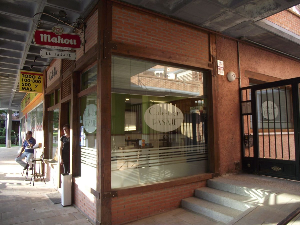 Retail premises  For Sale in  Tres Cantos
