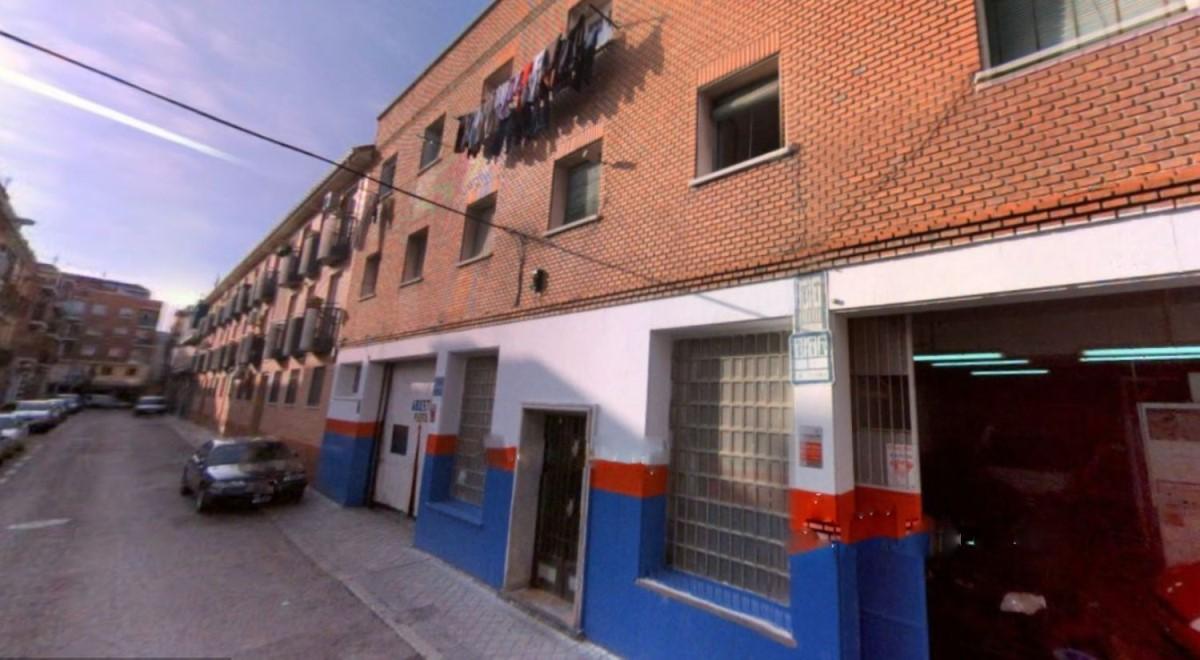 Edificio de Viviendas en Venta en Puente De Vallecas, Madrid