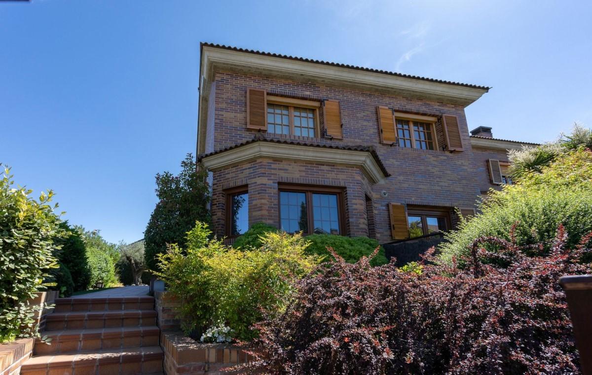 Terraced House  For Sale in El Cantizal, Rozas de Madrid, Las
