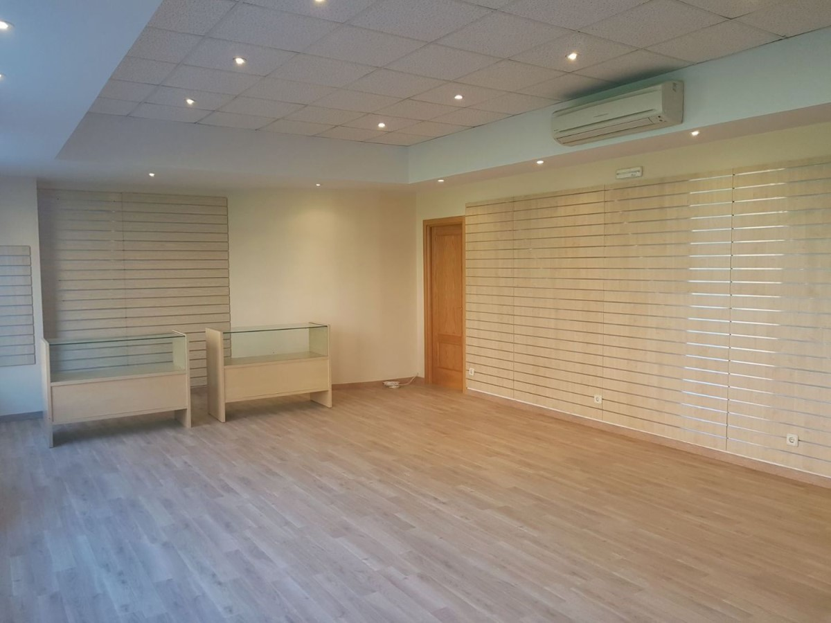 Retail premises  For Rent in  Coslada