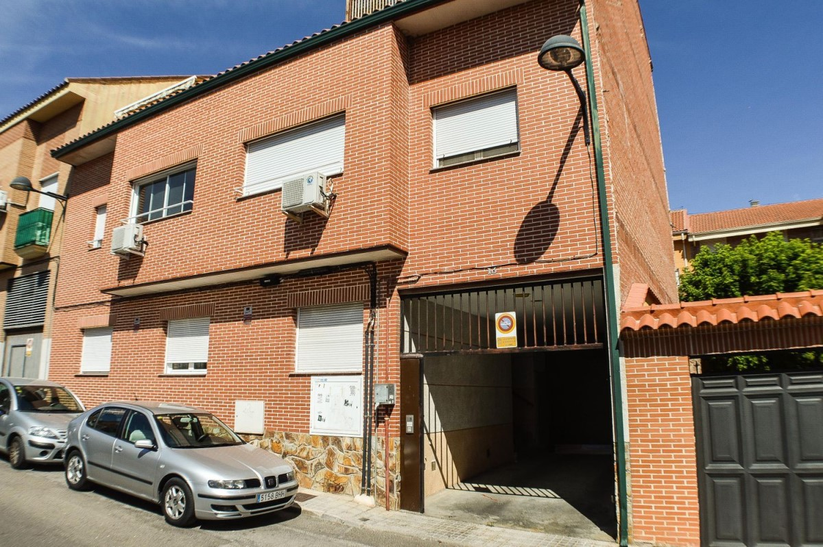 Apartment  For Sale in  Ciempozuelos
