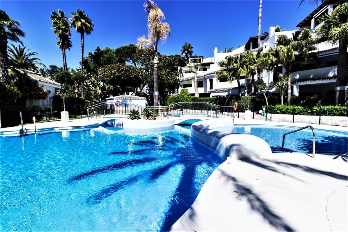 Dúplex en Venta en Elviria, Marbella