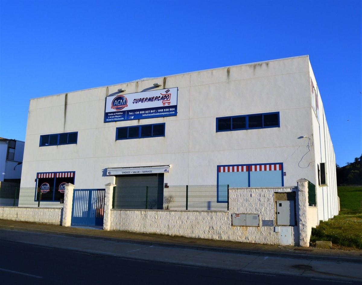 Nave Industrial en Venta en  Ayamonte