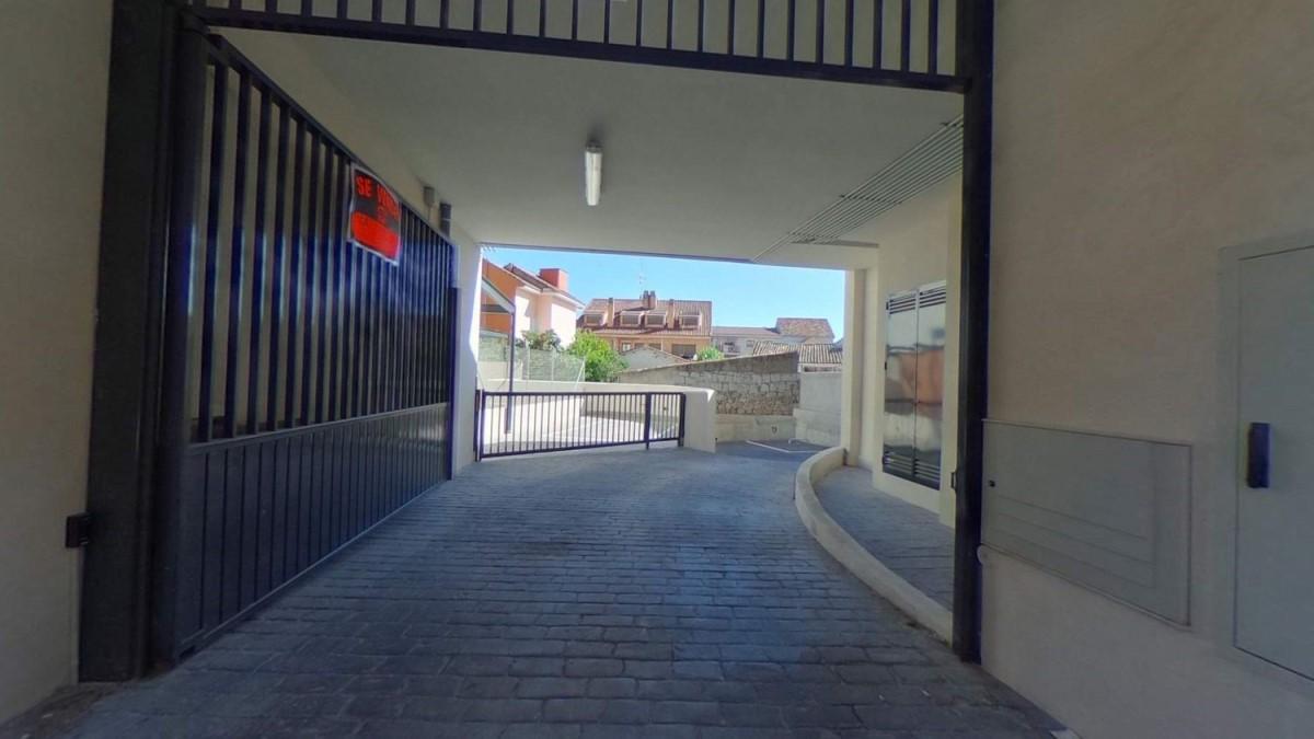 Garaje en Alquiler en  Torrelodones