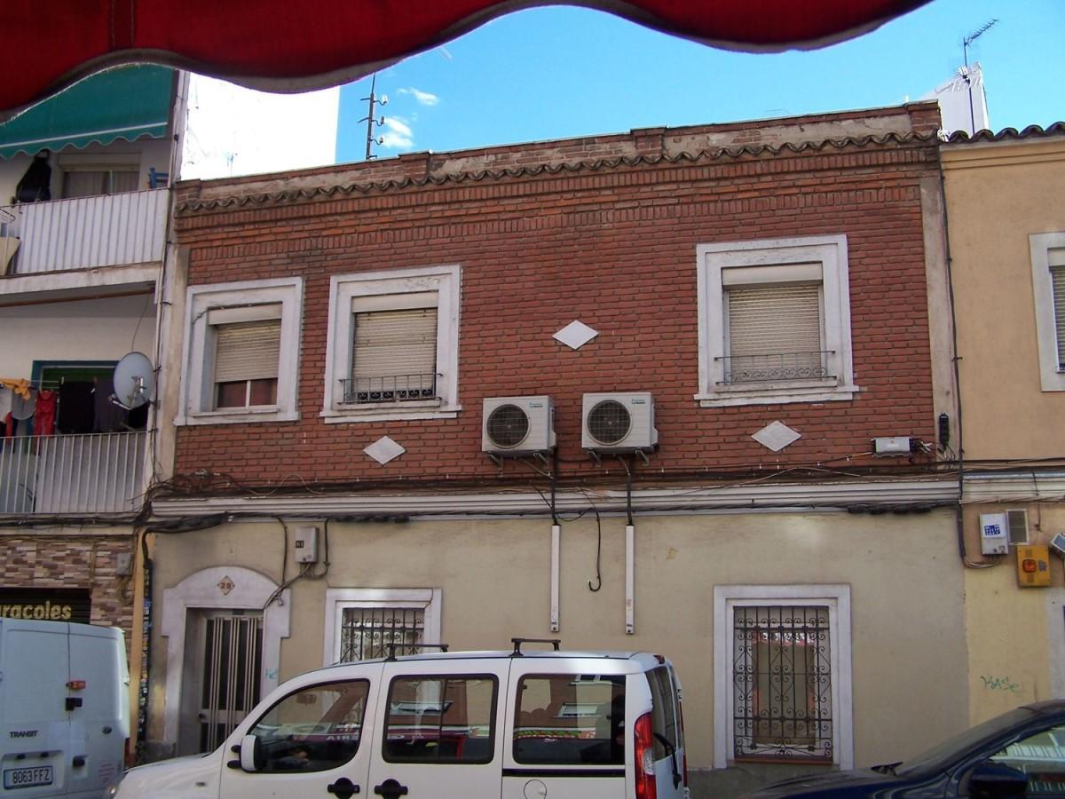 Chalet Adosado en Venta en Carabanchel, Madrid