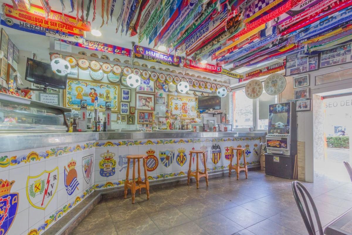 Local Comercial en Venta en El Pla Del Real, València