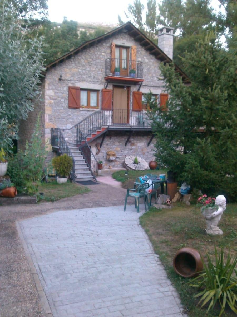 Casa Rural en Venta en  Cabrillanes