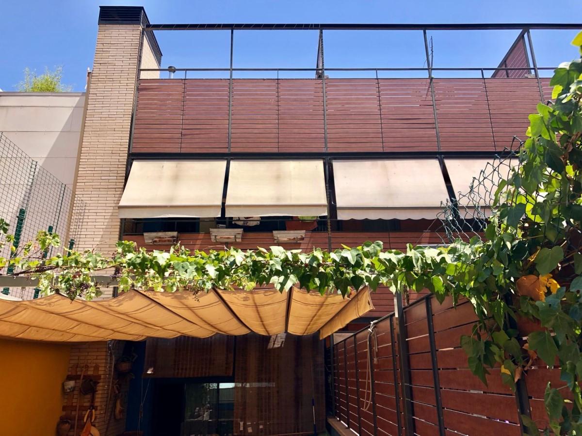 Chalet Adosado en Venta en Sant Andreu, Barcelona