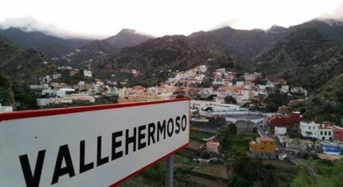 Chalet en Venta en  Vallehermoso