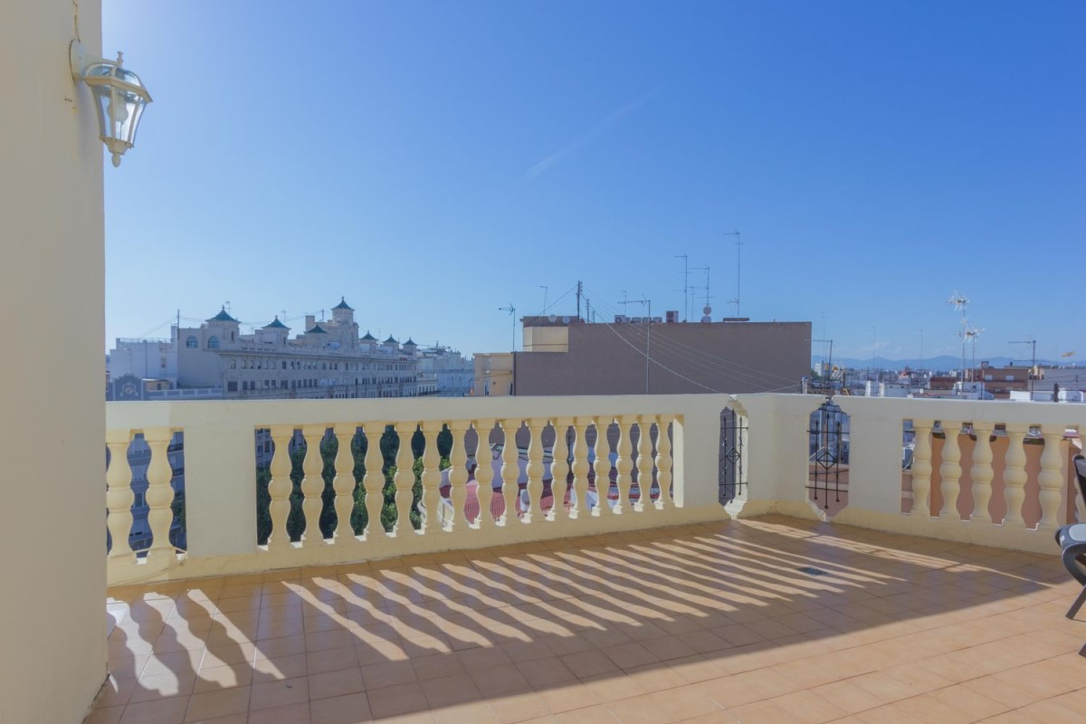 Penthouse  For Sale in Extramurs, València