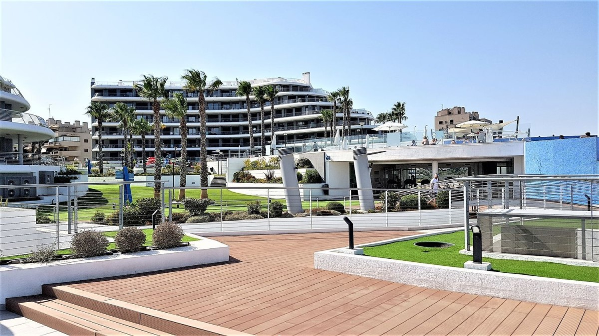 Apartment  For Sale in  Arenales del Sol