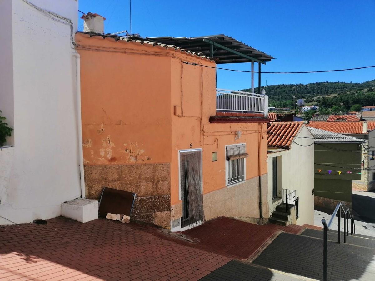 House  For Sale in  Aliaguilla