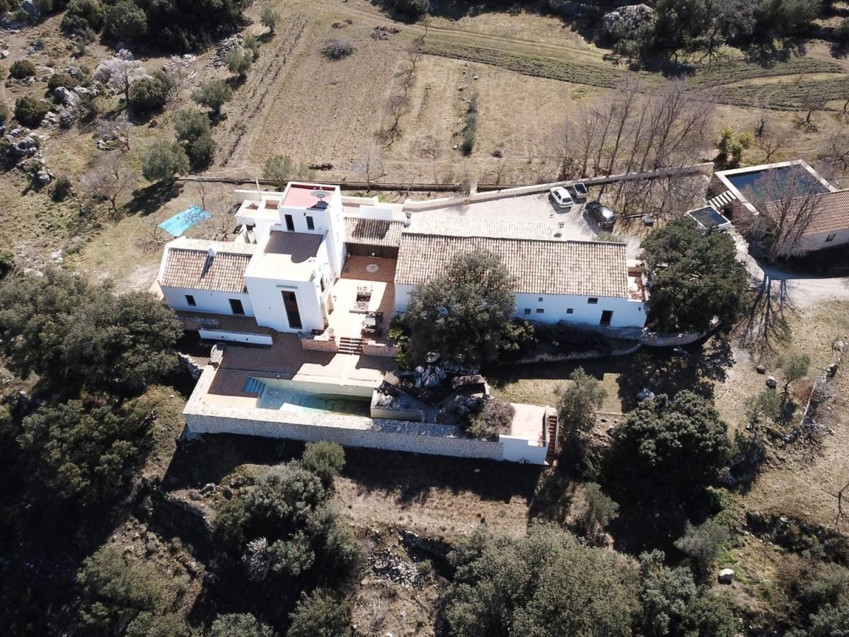 Edificio de Viviendas en Venta en  Moratalla