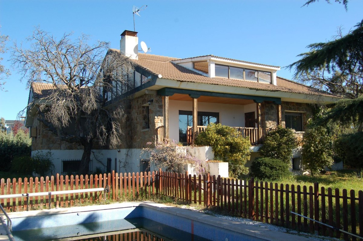 House  For Sale in  Galapagar