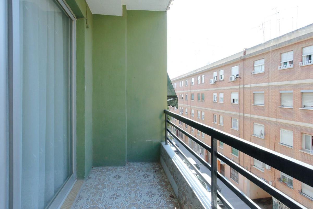 Piso en Alquiler en Benicalap, València