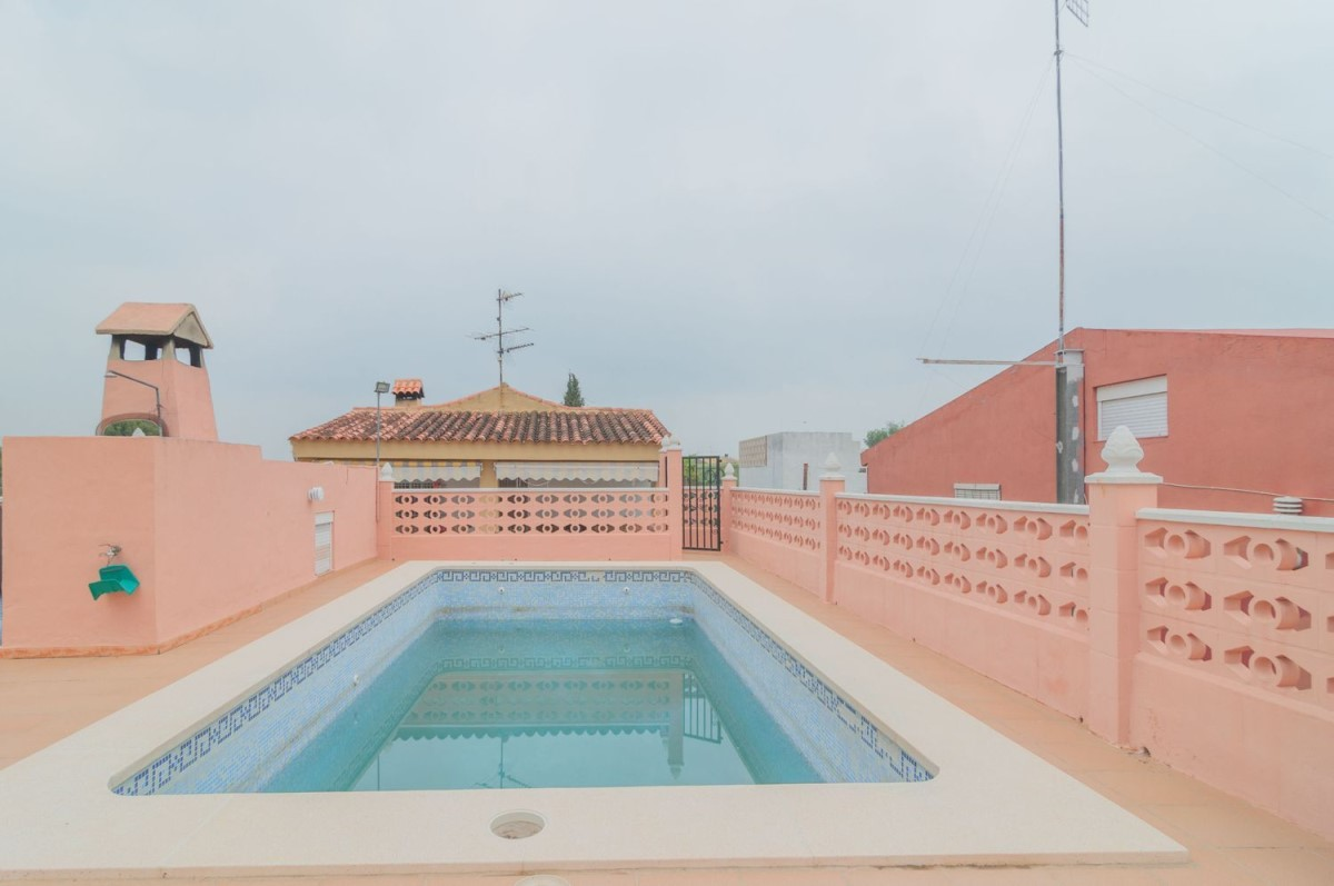 House  For Sale in  Monserrat