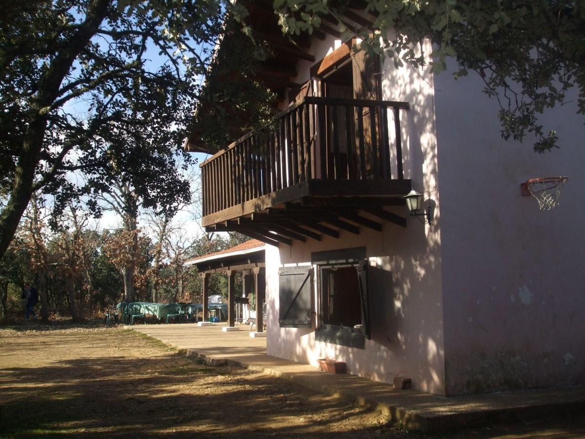 Casa Rural en Venta en  Fresno de Cantespino