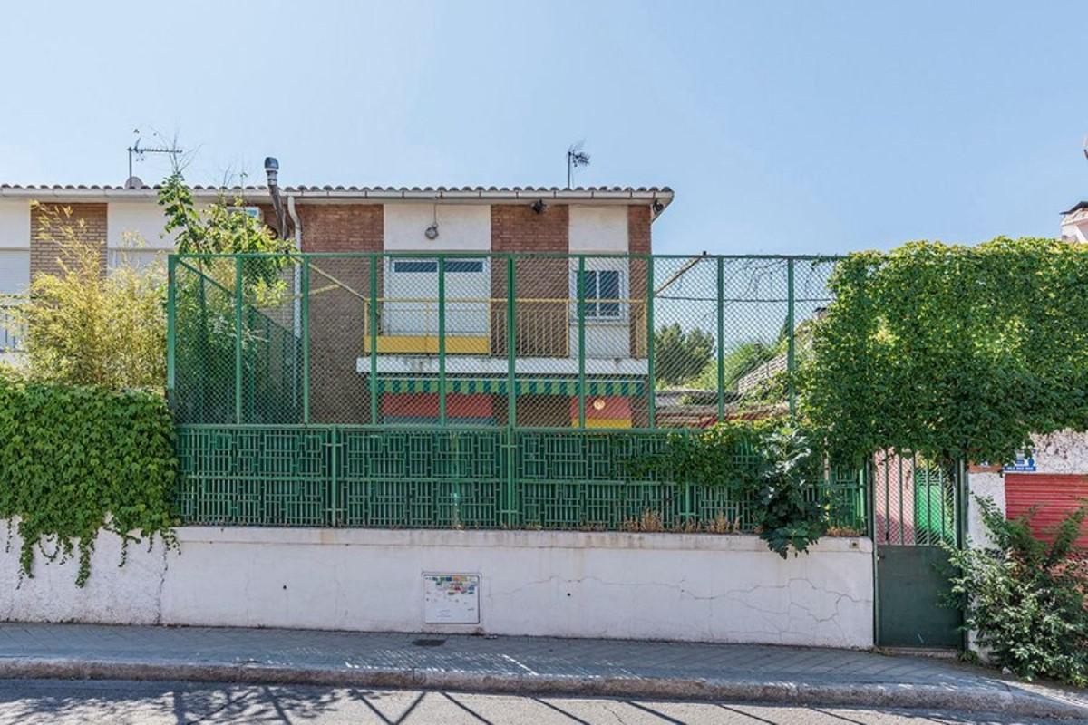 Terraced House  For Sale in Hortaleza, Madrid