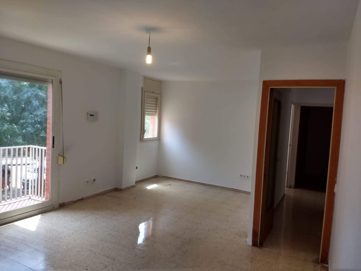 Apartment  For Sale in  Granollers