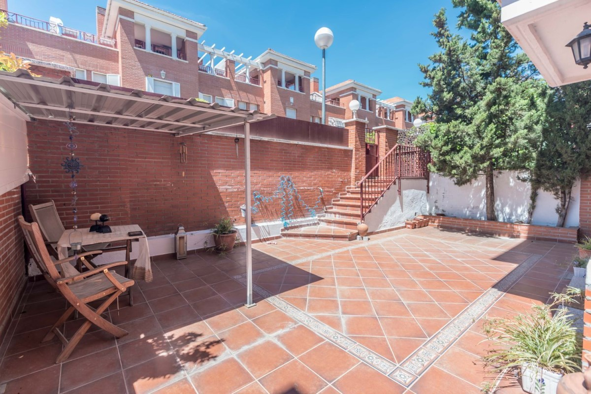 Terraced House  For Sale in  Tres Cantos