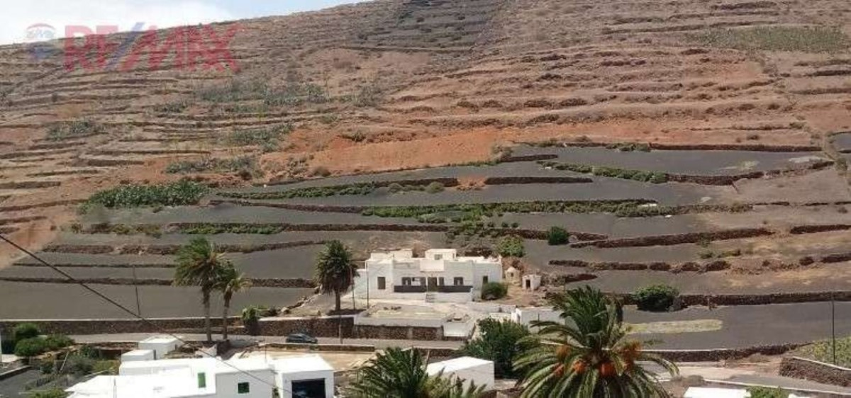 Casa Rural en Venta en  Teguise
