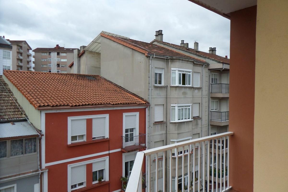 Piso en Venta en  Ourense
