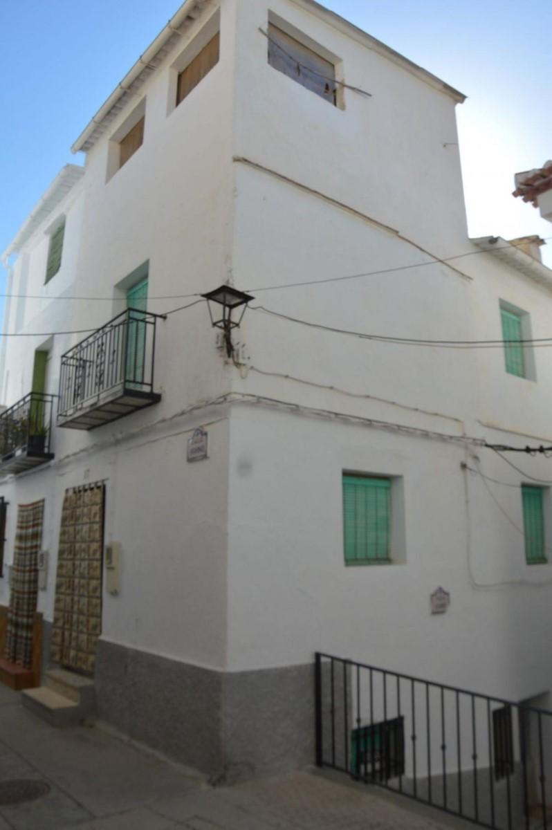 Casa Rural en Venta en  Albuñuelas