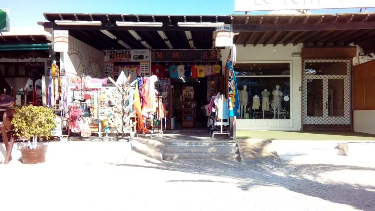 Local Comercial en Alquiler en  Teguise