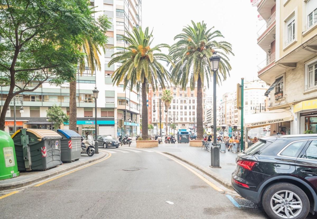 Piso en Venta en Extramurs, València