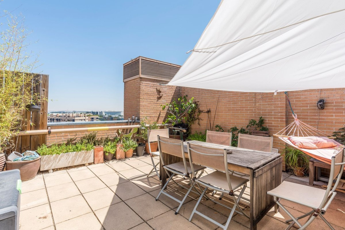 Penthouse  For Sale in Hortaleza, Madrid