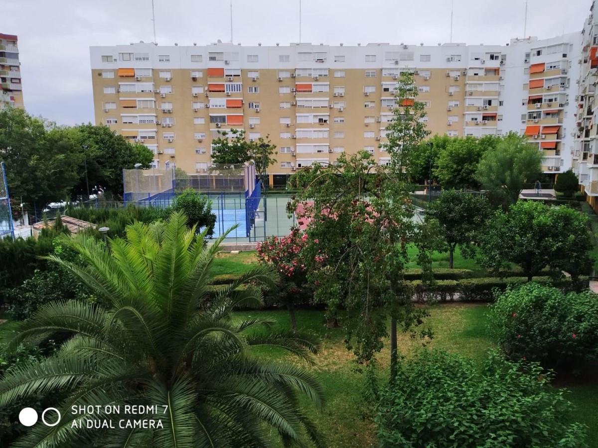 Piso en Alquiler en cerro amate, Sevilla