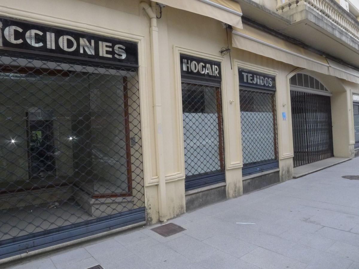 Local Comercial en Alquiler en  Negreira