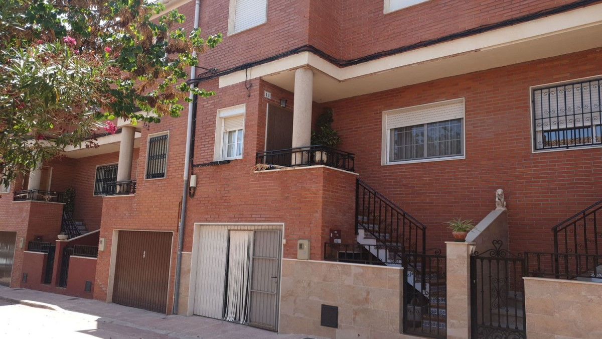 Terraced House  For Sale in  Sax