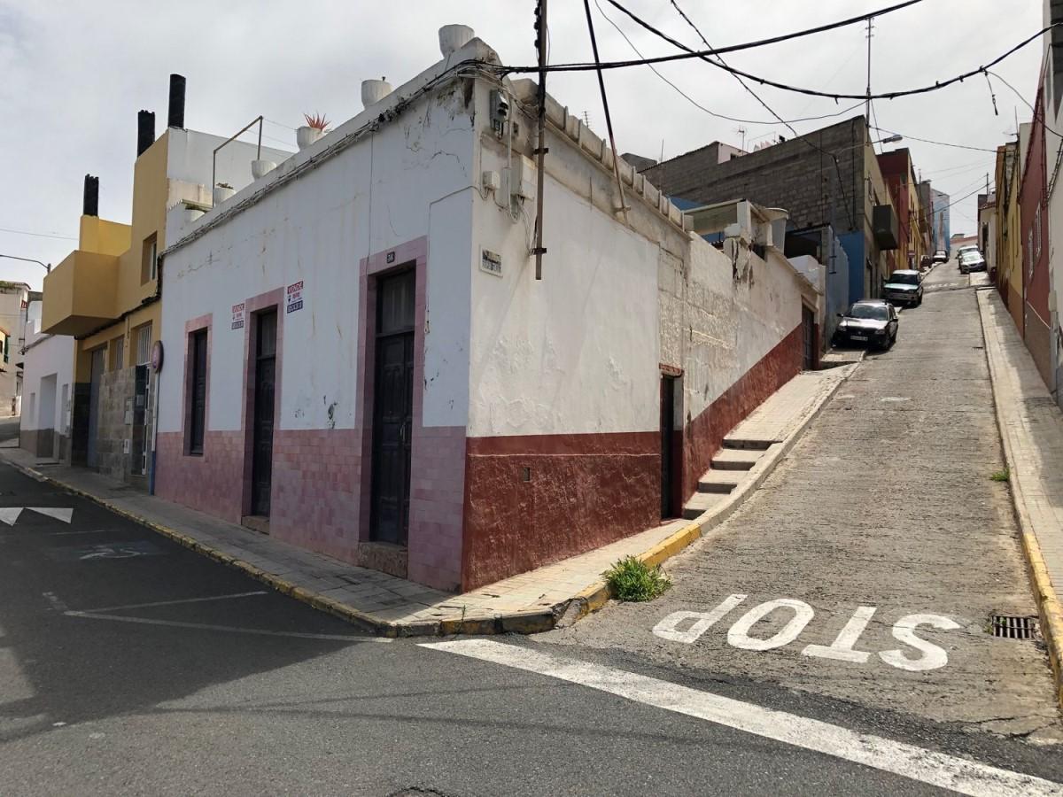Chalet Adosado en Venta en  Galdar