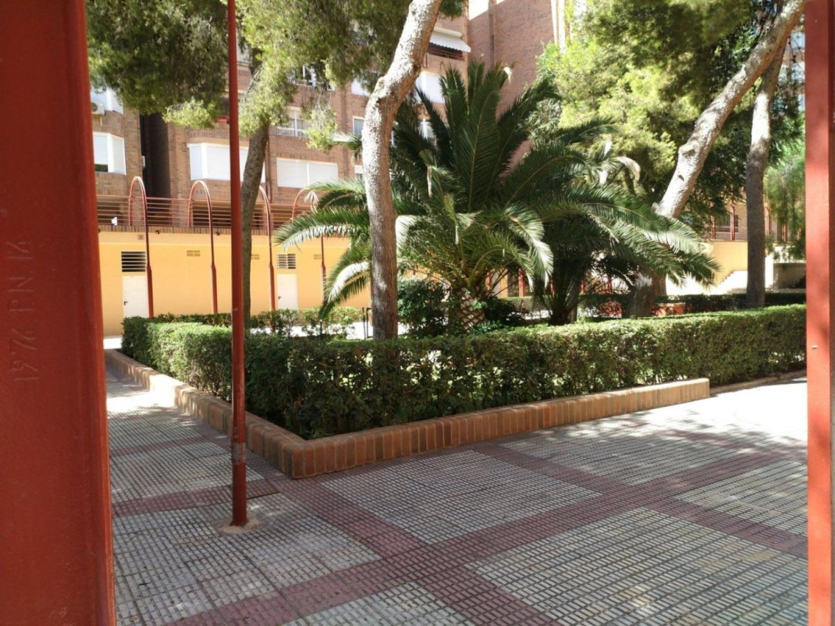 Local Comercial en Venta en Benalua-La Florida-Babel-San Gabriel, Alicante/Alacant