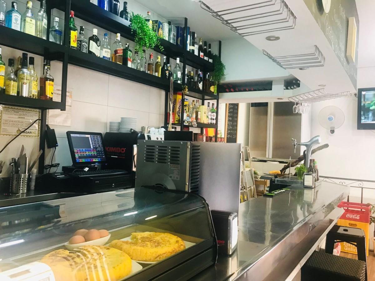 Retail premises  For Rent in Ciudad Lineal, Madrid